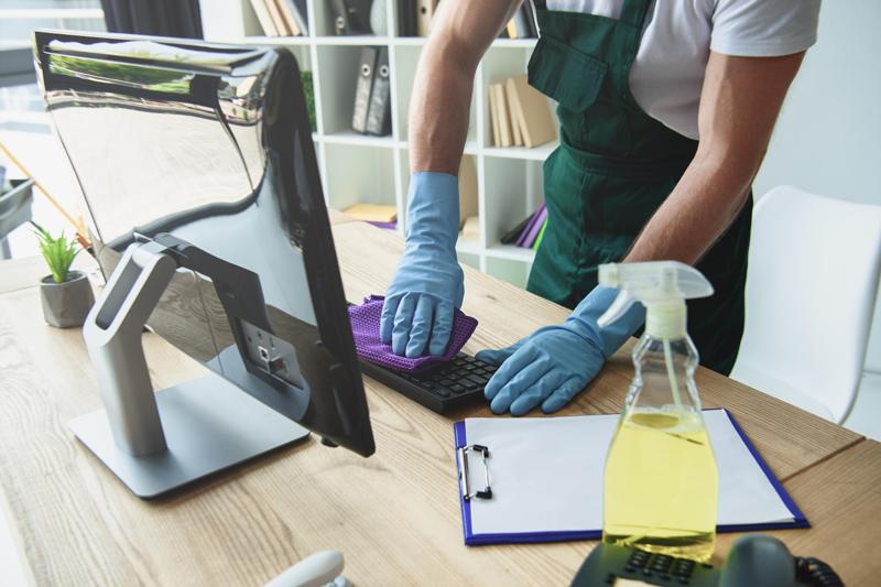 contratar un servicio de limpieza de oficinas